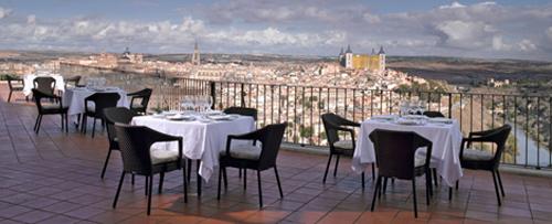 Toledo, terraza desayuno