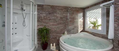 aiguablava baño termal