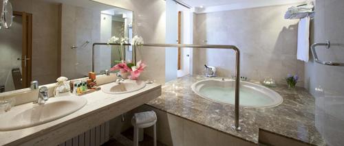 aiguablava baño