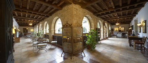 cangas int claustro
